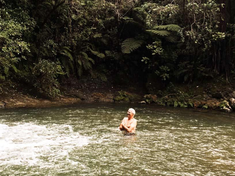 Im-Wasserfallpool